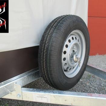 Remorque simple essieu KERENZO 225 x 132 avec cadre et bâche